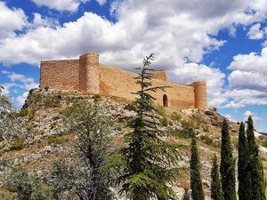 Castillo-Fortaleza del siglo XI